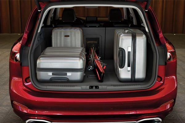 Ford Focus tavaratila | Loimaan Laatuauto Oy