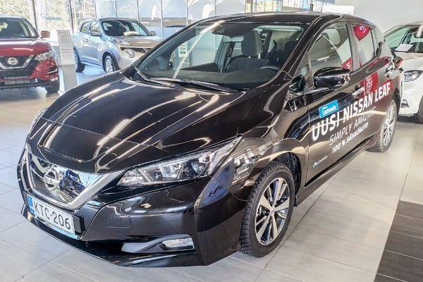 Nissan Leaf sähköauto | Loimaan Laatuauto Oy